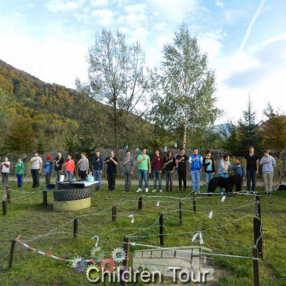Excursie de 3 zile la Rasnov, cu activitati incluse (teambuilding)